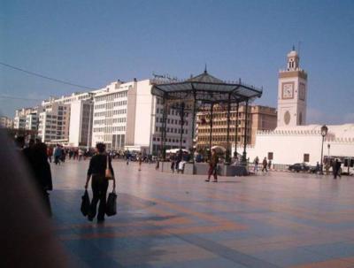 ALGER Place des martyrs (Entre le quartier de Bab El Oued, et le Port)