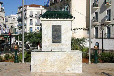 ALGER Bab el-Oued jardin public, mémorial inondation