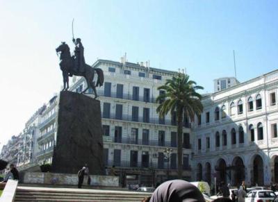 ALGER Statue équestre de l'Émir Abdelkader