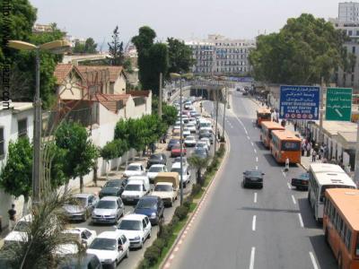 ALGER Pres du marché Ali Mellah BAZAR vers la place du 1 Mai