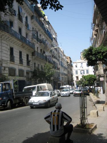 ALGER la rue Debih ch'rif  الجزائر العاصمة