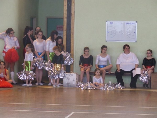 GALA DES TWIRLINGS DE SAINT VALLIER  LE 3 MARS