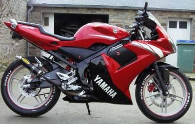 yamaha tzr slt a tous les amoureux des motos. Black Bedroom Furniture Sets. Home Design Ideas