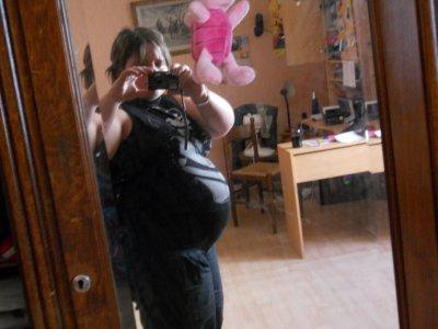 me voici kan jetai enceinte une grosse baleine lol