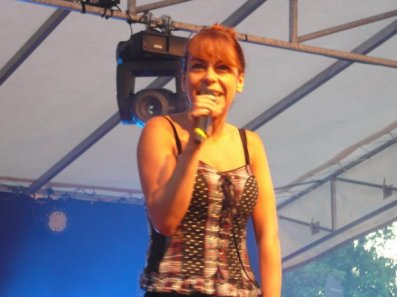 Photo Fanny concert 14 juillet 2010 (1)