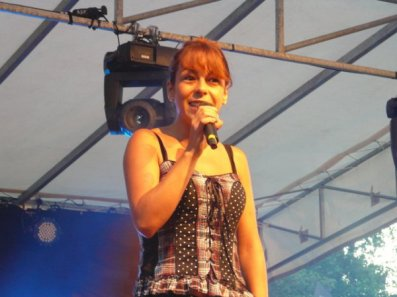 Photo Fanny concert 14 juillet 2010 (2)