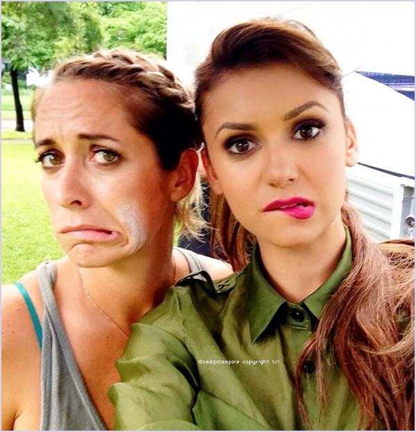Photos postées par Riawna Capri, lors d'une séance photo avec Nina.