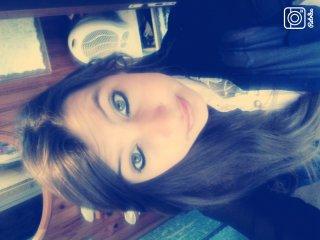 -Une fille !