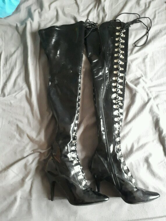 Mes cuissardes Pleaser .....