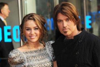 """Le père de Miley Cyrus : """"Hannah Montana a détruit ma famille"""""""