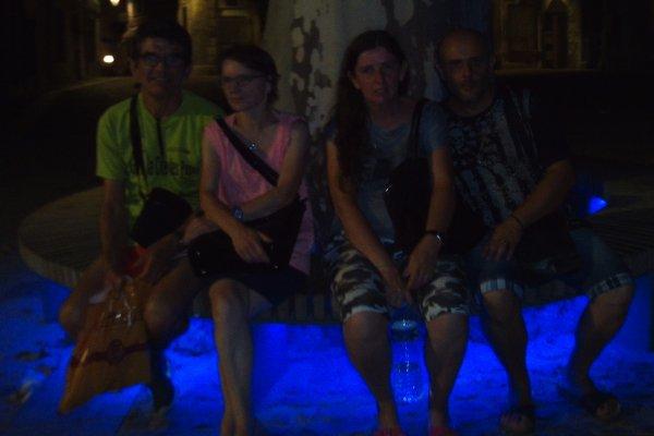 moi et mon homme et ma fille et ma soeur et mon beau-frère