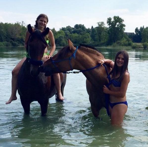 Grand week-end aquatique fait trop beau avec mon amie et les chevaux