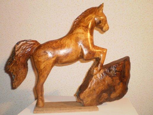 sculpture bois cheval