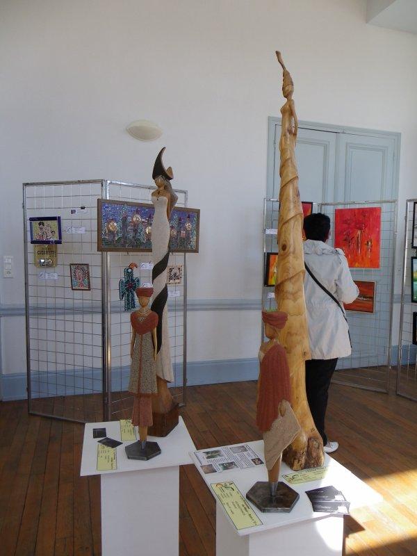 Fin de l' expo Vigneulles les Hattonchatel ( avec en prime le prix du jury pour la Femme thuya ) )