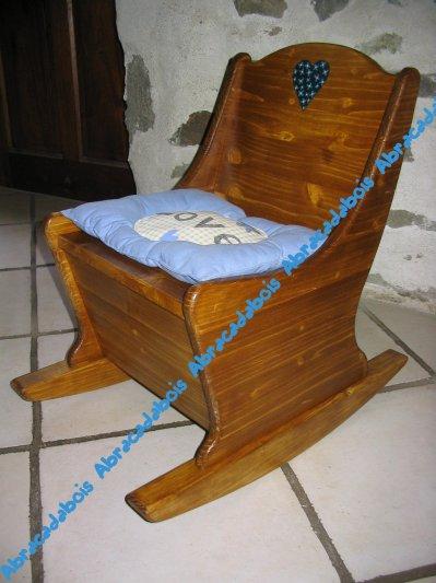 JOUET BOIS-COLLECTION DREAM FAUTEUIL A BASCULE/ ABRACADABOIS Jouets et petits mobiliers en bois