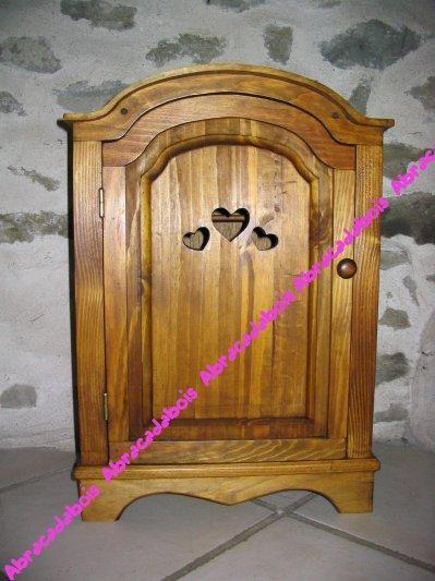 JOUET BOIS - COLLECTION LUCILUCE ARMOIRE  POUPEE  / ABRACADABOIS Jouets et petits mobiliers en bois