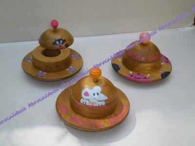 JOUET BOIS -SOUCOUPE VOLANTE  (boite à dents de lait) / ABRACADABOIS Jouets en bois