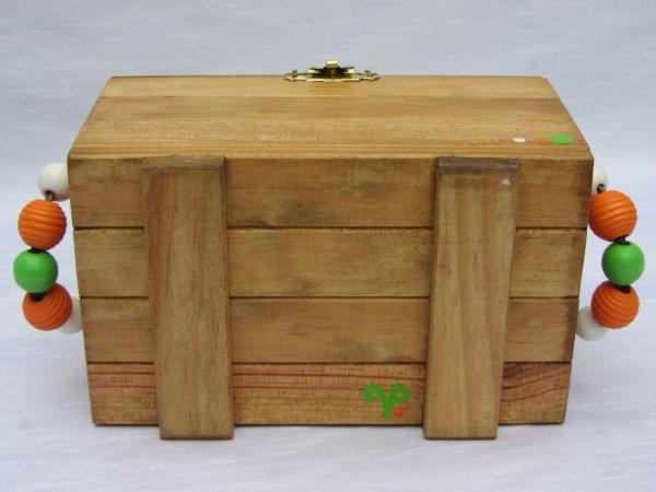 Jouets bois - De fabrication française et artisanale - créations uniques - jouets enfants bois - 29 euros + 5 euros personnalisation (prénom de l'enfant)
