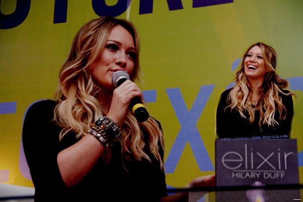 """Dans sa première séance de dédicace à Rio de Janeiro, au Brésil, Hilary a donné une courte interview à tous les fans présents. """"Je travaille toujours sur un nouvel album, mais mon bébé passe avant tout!"""" """"Maintenant, j'ai des idées pour l'album sera de danse dans le genre de Dignity. Je fait mon nouvel album en un an!"""" [Crient Fans] Sa tournée ainsi ne commencera pas en Amérique mais bien en Europe, Brésil ou ailleurs. Un fan lui a demandé de chanter une chanson et elle a dit """"désolé de ne pas chanter! Lors de mon dossier, je dois prendre quelques cours de chant avant. Je travaille là-dessus."""" Elle a ajouté: """"Peut-être faire un sondage sur Twitter, les fans pourraient choisir un nom pour le bébé."""""""