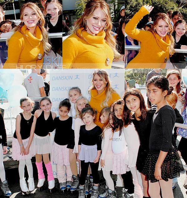"""..__.10/12/11._La G photos ._Hil à l'évènement """"Skate For a Cause"""" organisé par la marque Danskin à Santa Monica.._______Hil est donc de retourd à Los Angeles :) elle était présente a cet évènement ou la marque lui a offert un chéque de $10'000 pour l'association """"Blessing in a Backpack"""" dont elle est la marraine! C'est une super nouvelle pour ces enfants! Hil était vraiment radieuse, Magnifique!   ."""