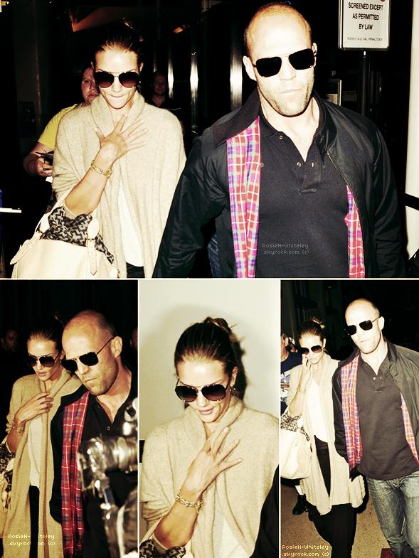 ARTICLE 05 │ ---  30.06.2011 --- Spotted à l'aéroport LAX de Los Angeles toujours en compagnie de Jason ▬▬▬▬▬▬▬▬▬▬▬▬▬▬▬▬▬▬▬▬▬▬▬▬▬▬▬▬▬▬▬▬▬▬▬▬▬▬▬▬▬▬▬▬▬▬▬▬▬▬▬▬▬▬▬▬▬▬▬▬▬▬▬▬▬▬