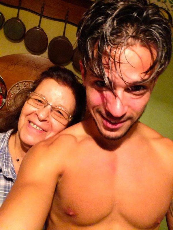 selfie avec la mamie