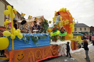 10ème Anniversaire du Carnaval d'Airaines (80)  Dimanche 17 Avril 2011 - Venez nombreux