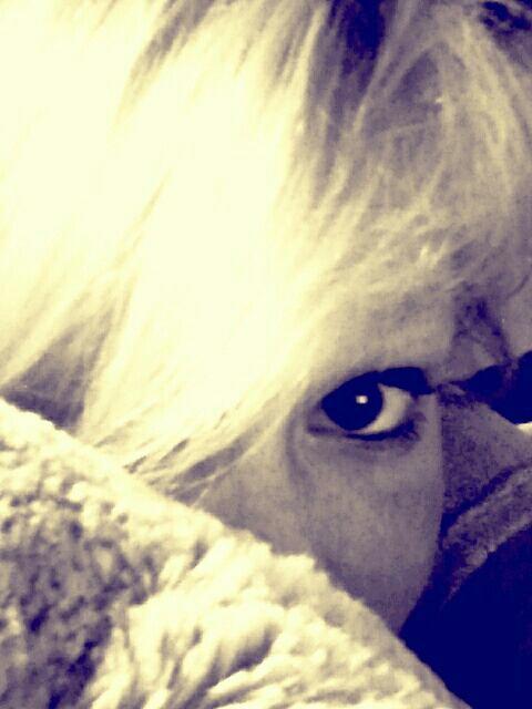Regarde mes yeux, tu verra que je t'aime!