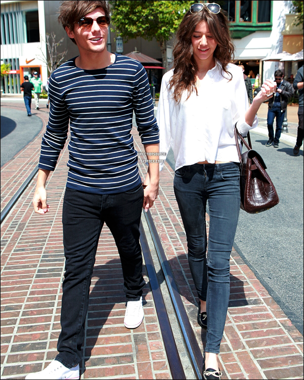 . 28/03/12 :Louis et sa petite amie Eleanor, ont été aperçus à L.A en train de se balader en amoureux. Puisdécouvrezsans plus attendre le nouveau shoot des garçons quiviensd'apparaître lors de leurs courtséjouren France. .