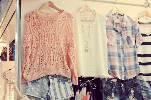 des vêtements , encore des vêtements !!!