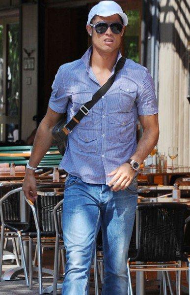 Cristiano-a-la-cool-mais-sans-pousette-_reference