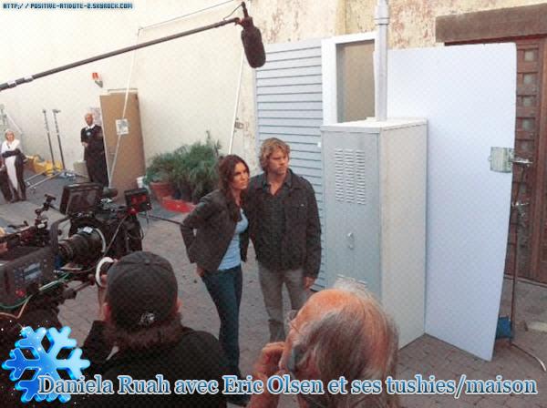 Daniela Ruah sur le tournage de l'épisode 13 de la saison 2 de NCIS:Los Angeles.