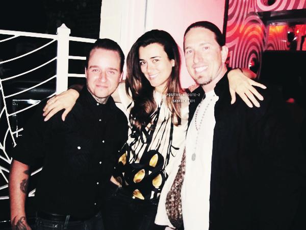 Lors de la saison 7 de NCIS Cote De Pablo et ses co-star étaient présent Wrap Party