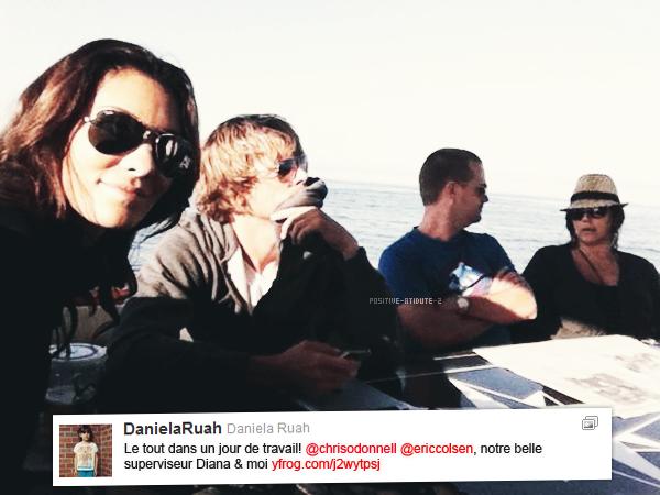 Daniela Ruah à posté une photo d'elle avec Eric Christian Olsen, Chris O'Donnell et Diana la superviseuse