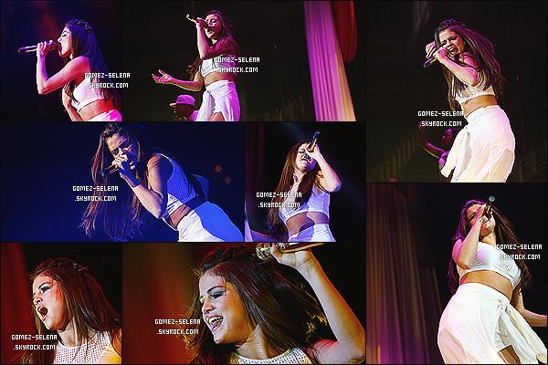 14/11/13 : La belle Selena Gomez donnait un concert pour sa tournée mondiale à Salt Lake City dans l'Utah !  Pas de Meet&Greet de disponible pour le moment, ni de prestations publié sur YouTube. Ton avis sur les photos du concert de S. ?