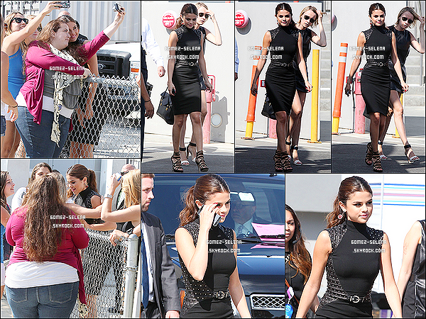 01/08/13 : Selena était présente à l'événement  - Young Hollywood Awards situé dans Santa Monica.   Selena a remporté 2 prix remis par Ian Somerhalder : le prix de meilleur album des fans & le prix de la tournée la plus attendu.