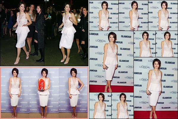 '- '-•-12/11/12 -' : Selena Gomez était à la soirée de « Glamour : Women of the Year Awards », dans New York City. Selena Gomez a été photographiée en arrivant sur le lieu de l'événement, puis juste après sur le red carpet, étant d'ailleurs l'une de femmes à l'honneur.-