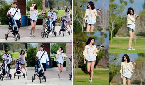 '- '-•-21/02/10 -' : Selena Gomez et Nick Jonas jouaient à une partie de golf dans un country club, à Los Angeles. Le supposé couple était vêtu très simplement pour cette sortie sportive, qui n'a pas échappé aux objectifs des caméras. Donc aucun commentaire à faire.-