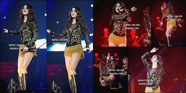 08/03/14:  Le Stars Dance Tour est de retour et Selena G. donnait donnait une concert au Texas pour sa tournée  Eh ouais, le SDT reprend... Pas tous pour notre plus grand plaisir. Son ex Justin Bieber était sur place, ils ont passé du temps ensemble.