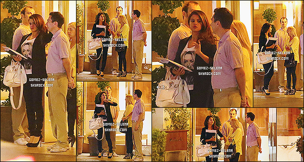 28/03/14 : C'est à West Hollywood, en quittant le Sunset Tower Hotel que SG a été photographié en soirée.   Selena y était surement pour une réunion d'affaire. Elle portait un t-shirt d'Eleven Paris, collection Life Is A Joke avec Kate Moss !