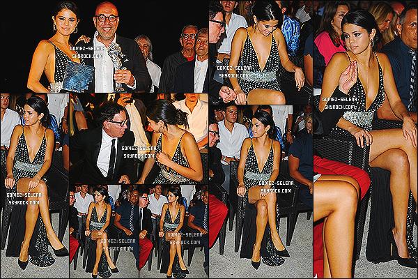 19/07/14 : Dans la soirée Sel était au « Gala Dinner Awards » pour le Global Ischia Festival dans la même ville.  Pendant cet événement Selena reçu le prix de « Ischia Global Kids Icons » pour sa popularité auprès du public jeune. C'est un gros top.
