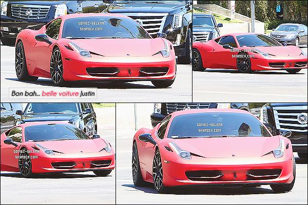 17/08/14 :  Selena Gomez et Justin Bieber on été photographié dans la voiture de ce dernier, à Los Angeles.  Une news totalement merdique je l'accorde, mais comme l'actualité est au point mort je met quand même - même si Selena n'est pas bien visible ...