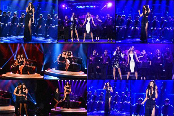 - 23/01/16 - Selena Gomez était présente sur le plateau de tournage de « Saturday Night Live » à NYC !La jeune chanteuse a performé son nouveau single Hands To Myself lors du talk-show. Bien sûr, elle a participé aux sketch lors de l'enregistrement.-