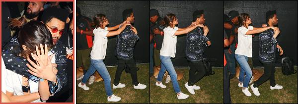 - ''14.04.17'-''─''Selena Gomez a été vue au festival de musique et culture « Coachella » avec son amoureux à Indio.[/s#00000ize]'Si Selena ne semble pas faire partie des abonnés présents à chaque édition du fameux festival, il semblerait bien que cette année SG y soit présente ! -