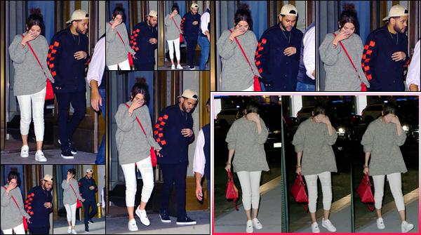 - '-03/09/17-'''✈''Selena Gomez se rendait au restaurant « Nobu » toujours avec Abel dans la ville de New York. Évidemment le couple ne se lâche plus d'une semelle, depuis que ceux-ci se trouvant dans la Grosse Pomme. Décontractée, mais toujours jolie : un top !-