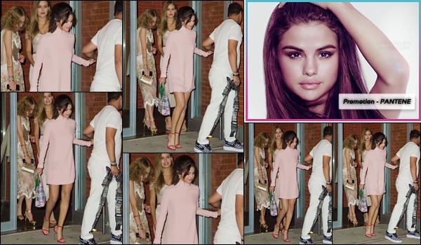 - '-08/09/17-'''✈''Le soir, Selena Gomez quittait son appartement avec son amie Josephine Skriver, à New York ! La belle se rendait en direction de la soirée organisée par le magazine Harper's Bazzar, pour y rejoindre son amoureux Abel Tesfaye ! Un gros top pour S.-