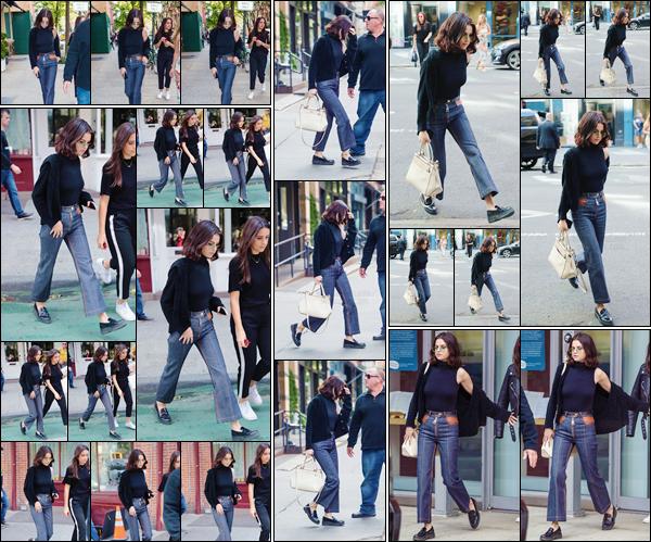 - '-03/10/17-''''✈''Selena Gomez quittait la pâtisserie « Magnolia Bakery » qui se trouve situé dans West Village. La belle n'a pas chômé dans ses déplacements en ville ce jour-là entre son appartement, les rues de la ville et la boulangerie. Je lui accorde un beau top.-