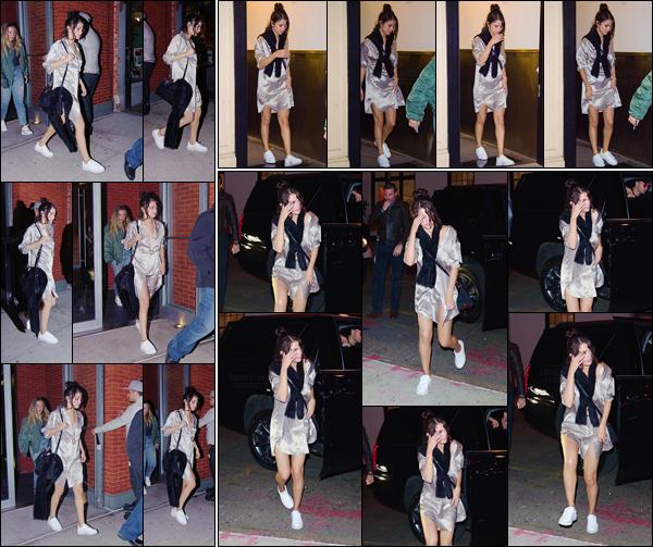- '-17/10/17-''''✈''Selena Gomez quittait, puis finalement rentrait à son appartement en soirée, à New York City ! Après avoir passé du temps avec son boyfriend The Weeknd à Toronto au Canada puis à Los Angeles, Selena est de retour à New York pour le tournage.-