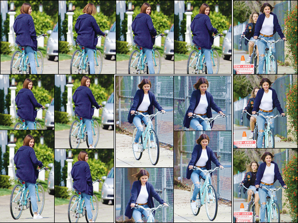 '' '''16/03/18-' • Selena Gomez a été aperçue en faisant de la bicyclette accompagnée, se trouvant à Studio City. Le retour des bonnes habitudes sportives ! Selena semblait d'humeur agréable lors de cette petite sortie avec Anna Collins, dans la ville...-