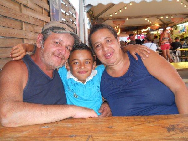 Mon beau père ma belle mère & mon petit cousin a la foire